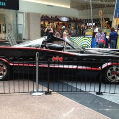 Photo taken at Chicago Ridge Mall by Bridgett on 6/23/2012