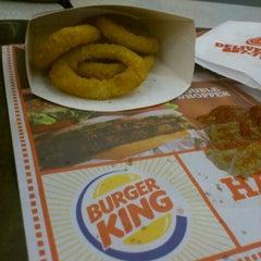 Photo taken at Burger King by Xcholox J. on 5/17/2012
