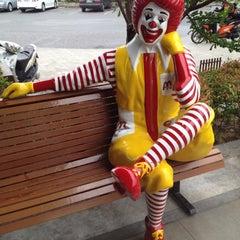 Photo taken at McDonald's & McCafé (แมคโดนัลด์ & แมคคาเฟ่) by Panupong K. on 4/4/2012