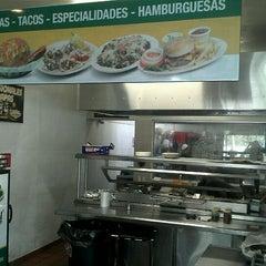 Photo taken at Las Fabulosas Papas by Karim B. on 6/1/2012