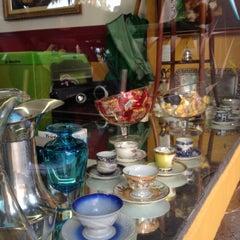 Photo taken at Café Pavê by Ramon P. on 6/21/2012