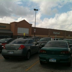 Photo taken at Walmart Supercenter by Eliska D. on 5/1/2012