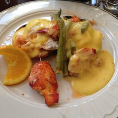 Photo taken at 36 deLux Restaurant by Elsa on 6/17/2012