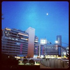 Photo taken at 京王百貨店 新宿店 by 大将 on 8/27/2012