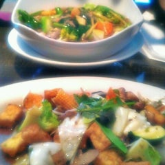 Photo taken at Titaya's Thai Cuisine by Uday M. on 7/14/2012
