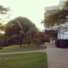 Photo taken at Facens - Faculdade de Engenharia de Sorocaba by Danilo Q. on 5/8/2012