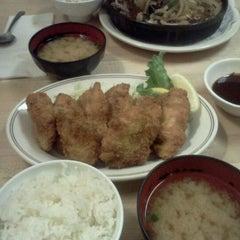 Photo taken at Sono Bana by Takaaki N. on 2/3/2012
