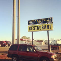 Photo taken at Little Nashville Restaurant by Charley C. on 3/9/2012