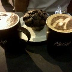 Photo taken at McDonald's / McCafe by Razis R. on 8/10/2012