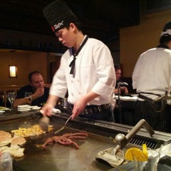 Photo taken at Hana Japanese Steakhouse and Sushi Bar by Rob R. on 4/15/2012
