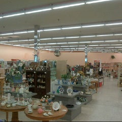 Photo taken at Suncoast Hospice Resale Shoppe by Bryn W. on 2/17/2012