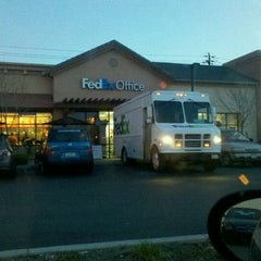 Photo taken at FedEx Office Print & Ship Center by Jonathan L. on 2/2/2012