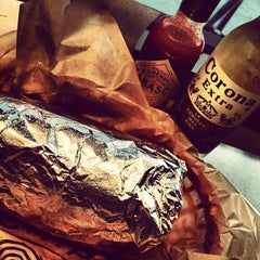 Photo taken at Chipotle Mexican Grill by Fabio I. on 5/29/2012