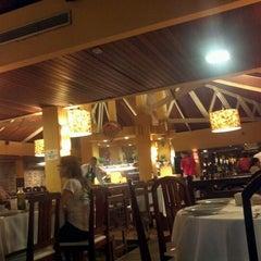 Photo taken at Famiglia Reis Magos by Eduardo P. on 4/15/2012