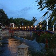 Photo taken at Finderland Resort by Chaiyuth K. on 5/6/2012