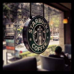 Photo taken at Starbucks by Jose Ramon O. on 7/28/2012