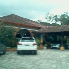 Photo taken at Churrascaria Pavan by Evandro P. on 4/13/2012