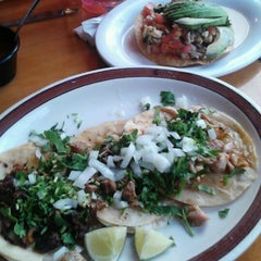 Photo taken at El Tenampa Mexican Restaurant by Ricardo L. on 9/5/2012