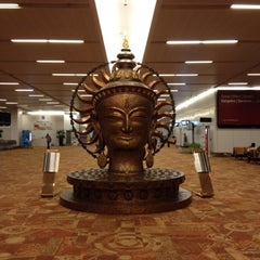 Photo taken at Indira Gandhi International Airport (DEL) by Aiko on 8/31/2012