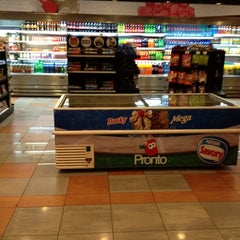 Photo taken at Pronto Copec by Fernanda D. on 9/5/2012