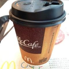 Photo taken at McDonald's 麦当劳 by Maxim B. on 8/4/2012