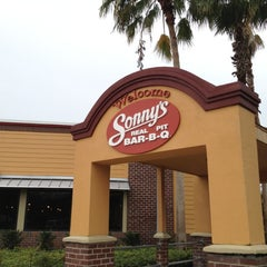 Photo taken at Sonny's BBQ by PVG on 6/7/2012