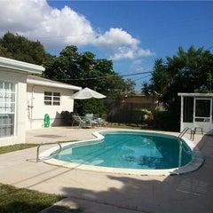 Photo taken at Florida Kosher Villas, LLC by Shaya W. on 7/3/2012