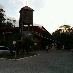 Photo taken at Supermercado Guanabara Jardim Do Sol by Jonatas S. on 5/9/2012