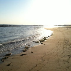 Photo taken at Ocean View Beach at 19th Bay by Kyle V. on 4/9/2012