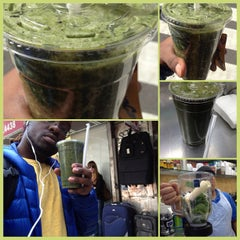 Photo taken at Juice Bar Plus by Built F. on 3/8/2012