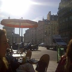 Photo taken at Café le Soufflot by Yanis H. on 9/7/2012