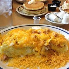 Photo taken at IHOP by Dêssa D. on 7/21/2012