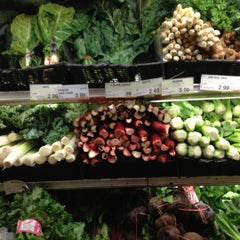 Photo taken at Citarella Gourmet Market - Upper East Side by Leslie B. on 7/29/2012