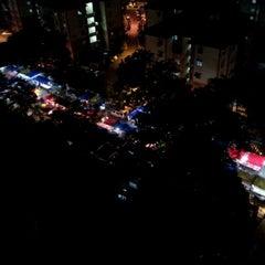 Photo taken at Pasar Malam Desa Tasik (Night Market) by Ery R. on 3/21/2012
