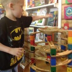 Photo taken at Dancing Bear Toys and Gifts by Hanna B. on 5/24/2012