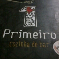Photo taken at Primeiro Cozinha de Bar by Viviane L. on 9/6/2012