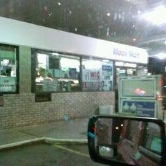 Photo taken at Mobil by 👑King Tavaris👑 (. on 5/3/2012