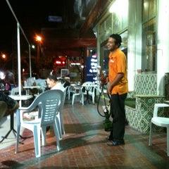 Photo taken at Cafe Les Roses by Slaiem J. on 8/24/2012