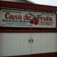 Photo taken at Casa de Fruta by Heather M. on 2/26/2012