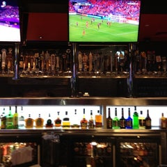 Photo taken at Taco Mac by Fileme U. on 8/2/2012