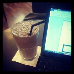 Photo taken at Magnus Coffee by Lourenco C. on 6/12/2012