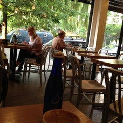 Photo taken at Ninth Street Espresso by Deo D. on 8/1/2012