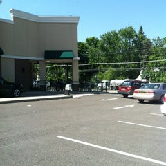Photo taken at Starbucks by Mill M. on 5/19/2012