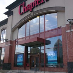 Photo taken at Chapters by William L. on 7/9/2012
