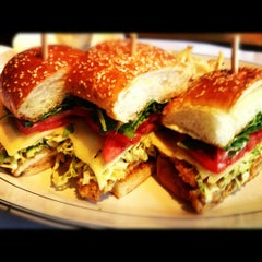 Photo taken at Hillstone Restaurant by Brooks F. on 7/11/2012