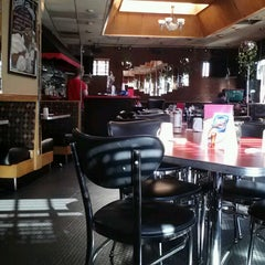 Photo taken at Deluxe Diner by Meitar M. on 9/11/2012