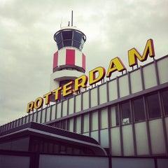 Das Foto wurde bei Rotterdam The Hague Airport (RTM) von Bart van M. am 5/18/2012 aufgenommen