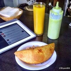 Photo taken at Antojos Araguaney Gourmet by Bryant B. on 9/11/2012