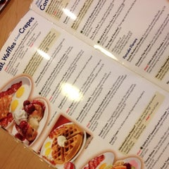 Photo taken at IHOP by 💡ThinkFreshly🌱 on 3/10/2012