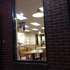 Photo taken at Wendy's by Steven K. on 7/21/2012